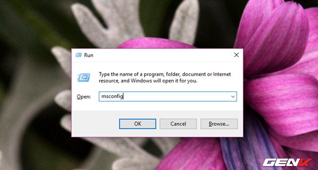 """Tiếp theo, hãy gọi hộp thoại Run bằng tổ hợp phím tắt WIN + R và nhập vào lệnh """"msconfig"""". Kết thúc bằng phím ENTER để khởi chạy lệnh."""