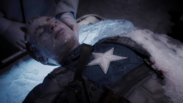 Bé gái 14 tuổi được đóng băng giống trong phim Captain America với hi vọng có thể sống lại sau vài trăm năm nữa.