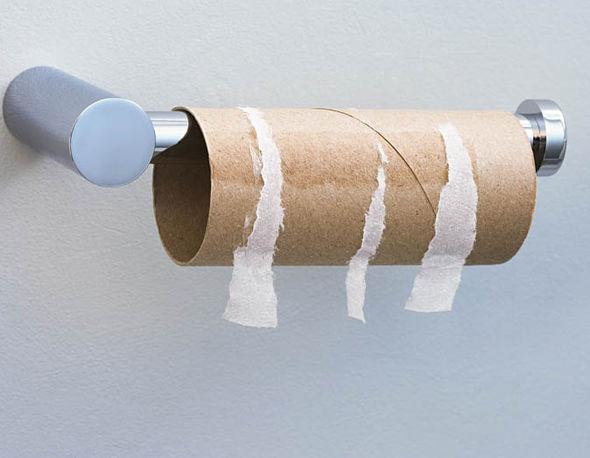 Thành phố Littleton sử dụng giấy vệ sinh để sửa chữa tạm thời các vết nứt trên nhiều tuyến đường.