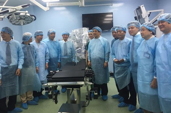 Hội đồng thẩm định khu phẫu thuật công nghệ cao Bệnh viện Bình Dân