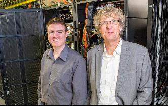 Hai nhà nghiên cứu đã có công trình phục chế lại bản nhạc điện tử đầu tiên trên thế giới.
