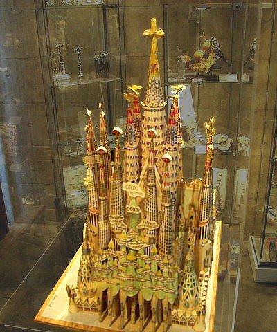Mô hình Sagrada Familia do Antoni Gaudi dựng nên