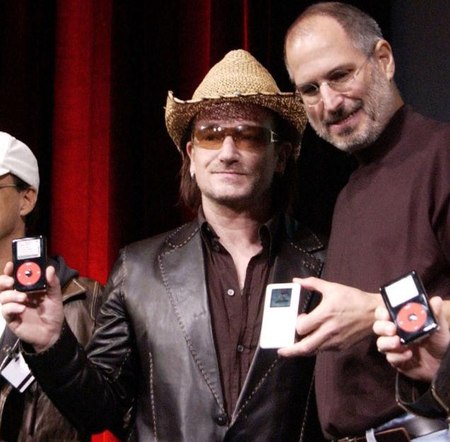 Apple có cộng tác với ban nhạc U2 để cho ra mắt phiên bản iPod đặc biệt.