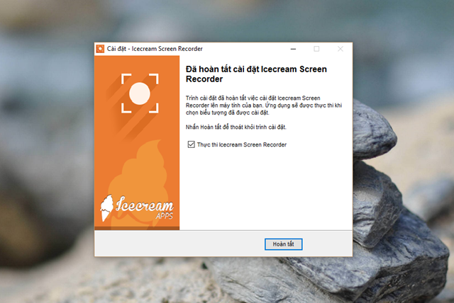 Tương tự như Ezvid, Icecream Screen Recorder cũng là một trong những lựa chọn quay phim màn hình máy tính đơn giản và dễ sử dụng nhất hiện nay. Một trong những ưu điểm đầu tiên mà người dùng cảm thấy thích thú nhất là việc nó hỗ trợ hoàn toàn Tiếng Việt.