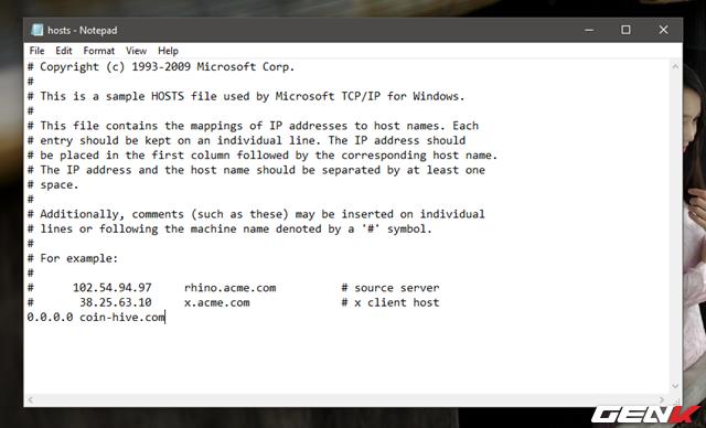"""Bước 4: Nhập lệnh """"0.0.0.0 coin-hive.com"""" vào như hình và nhấn File > Save để lưu lại."""