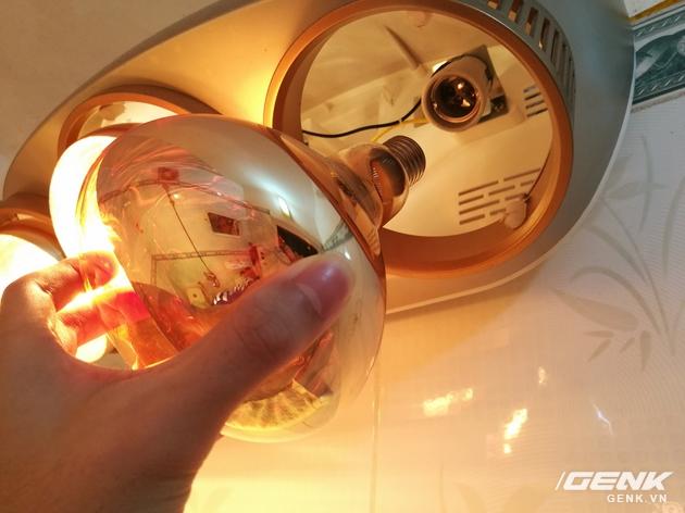 Đèn hồng ngoại sử dụng chuẩn đui xoáy E27 thông dụng thay thế dễ dàng