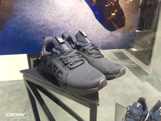 Đánh giá chi tiết 1 trong 100 đôi Bitis Hunter X Midnight Black đầu tiên: đế giống Nike đến lạ, chất lượng tốt, giá chưa đến 1 triệu - Ảnh 12.