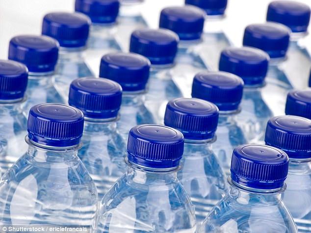 Mỗi năm cả thế giới sản xuất ra khoảng 15 tỷ tấn BPA