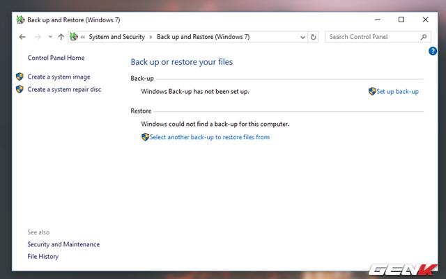 """Tiếp theo, hãy nhấp vào lựa chọn """"Create a system repair disc"""""""