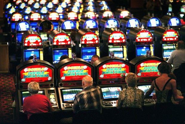 Một phòng chơi máy đánh bạc tại St. Louis.