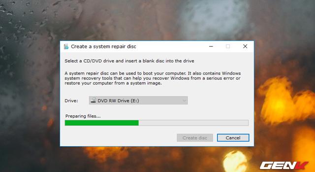 """Hộp thoại khởi tạo xuất hiện, công việc của bạn lúc này chỉ đơn giản là nhấp vào lựa chọn """"Create Disc"""" và chờ quá trình khởi tạo bắt đầu là xong."""