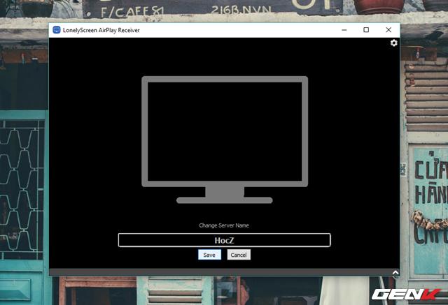 """Để dễ nhận biết, bạn có thể thay đổi tên của màn hình xuất hiện trong LonelyScreen AirPlay Receiver theo ý muốn bằng cách nhấn chuột vào dòng """"LonelyScreen"""", sau đó đặt tên mình thích và nhấn Save để lưu lại."""