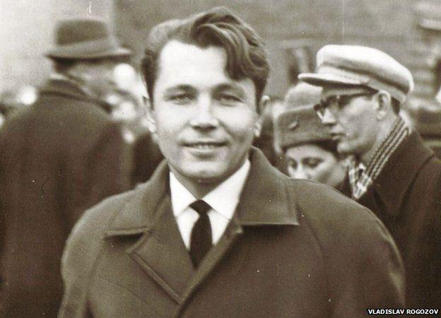 Leonid Rogozov trở về nhà như một người anh hùng dân tộc.