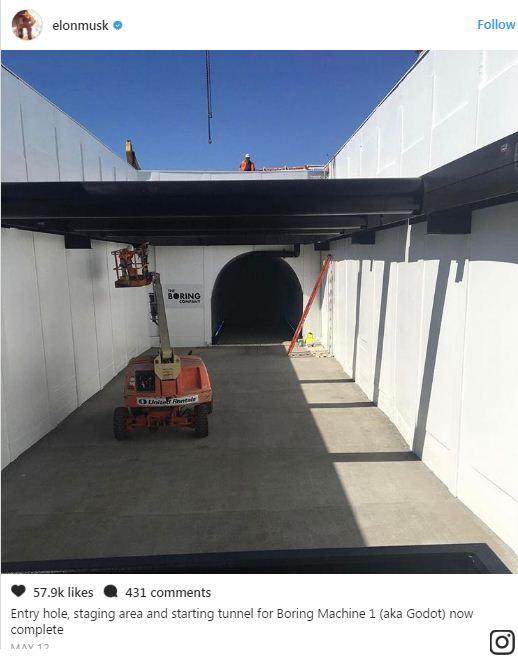 Musk trên Instagram: Cổng vào, khu tập kết và điểm xuất phát của hầm cho Máy Tẻ Nhạt 1 (hay còn gọi là Godot) đã hoàn thành.