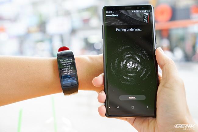 Bắt đầu kết nối với điện thoại Samsung.