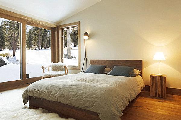 Phòng ngủ với sàn gỗ.
