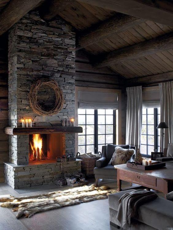 Những căn nhà bằng gỗ sổi với lò sưởi bằng đá là đặc trưng của vùng Bắc Âu.