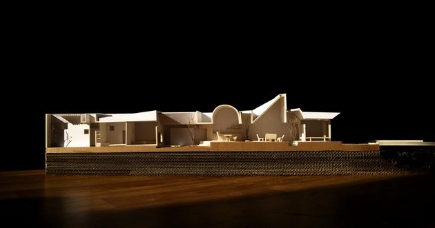 Mô hình mặt cắt The Longcave.