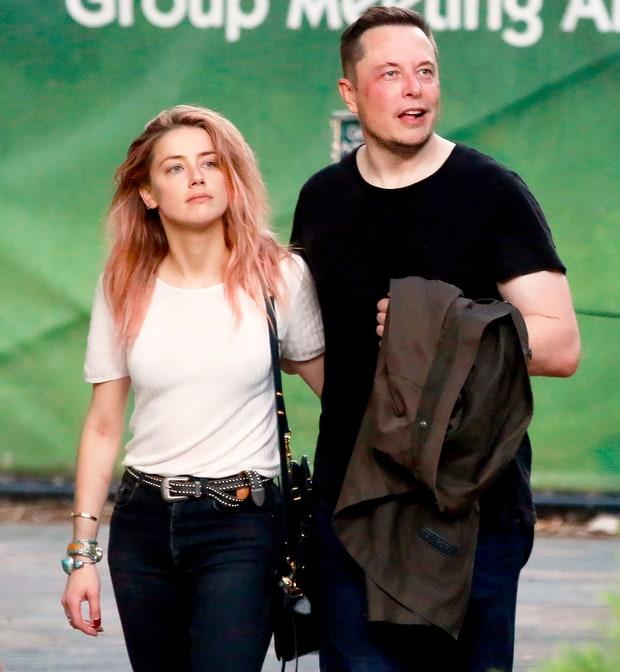 Trước đó, có nguồn tin cũng cho biết, Elon Musk đã nhiều lần gửi email xin đạo diễn Robert Rodriguez sắp xếp cho anh gặp gỡ Amber, dù lúc đó cô vẫn còn là vợ Johnny Depp