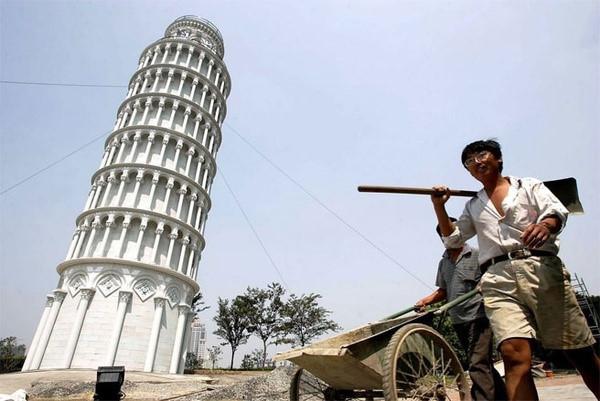 Những công trình nổi tiếng thế giới bị Trung Quốc photocopy không thương tiếc - Ảnh 22.