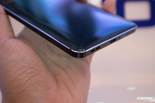 Hiện tại Nokia 6 chỉ bán 4 màu riêng màu Arte Black sẽ ra sau một thời gian.
