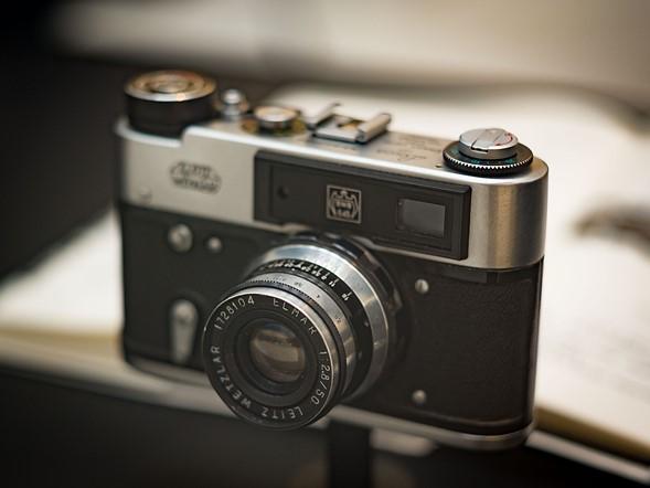 …trong khi một số khác, giống như bản Leica M3 copy này, thì lại chẳng được đánh giá cao.