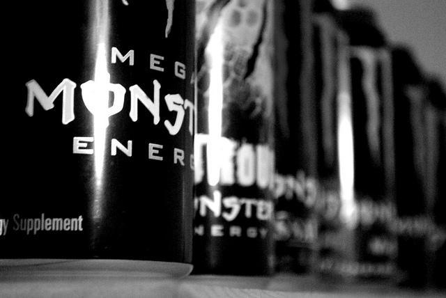 Hầu hết các loại nước tăng lực đều chứa quá nhiều đường và caffeine