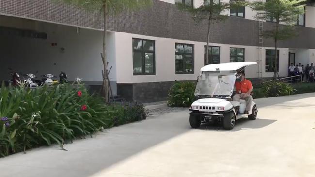 Chủ tịch FPT Software - ông Hoàng Nam Tiến - đã chia sẻ một bước tiến mới về xe tự lái made in Vietnam do các kỹ sư FPT đang hoàn thiện.