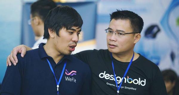 Hùng Đinh (bên phải) - CEO JoomlArt và DesignBold