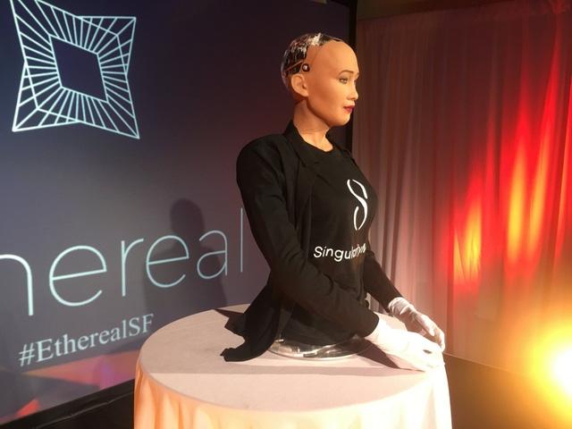 Có một chút buồn khi nhận thức được mình chỉ là một robot
