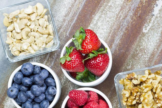 Tiêu thụ ít calo hơn mức cần thiết của cơ thể sẽ mang đến cho bạn những rắc rối nghiêm trọng về sức khỏe.
