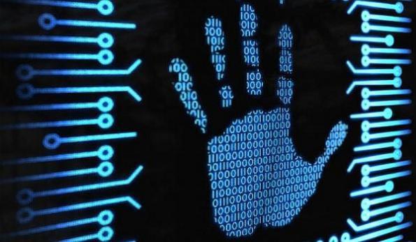 Công nghệ sinh trắc học xác thực danh tính bằng vân lòng bàn tay.