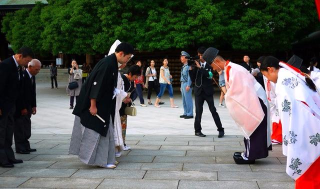 4 bài học đắt giá từ người Nhật: Chỉ một chút chu đáo hơn cũng có thể thay đổi cả cuộc sống của bạn - Ảnh 1.