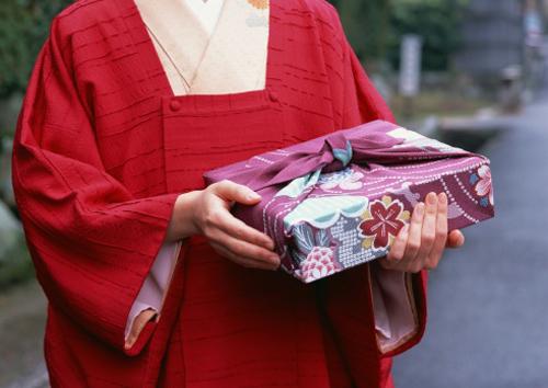 4 bài học đắt giá từ người Nhật: Chỉ một chút chu đáo hơn cũng có thể thay đổi cả cuộc sống của bạn - Ảnh 2.
