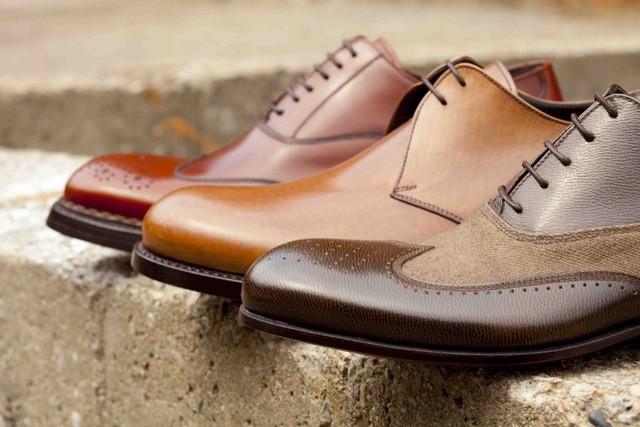 Làm thế nào để đánh giá một đôi giày da thật sự chất lượng? - Ảnh 1.