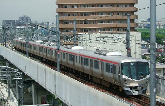 Chuyện lạ ở Nhật Bản: Công ty đường sắt xin lỗi người dân vì cho tàu rời ga sớm hơn dự định tận... 20 giây - Ảnh 1.