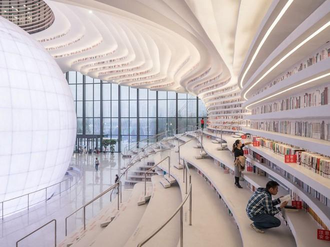 Bạn biết thư viện khổng lồ ở Trung Quốc chứ? Một nửa số sách ở đó không có chữ! - Ảnh 4.