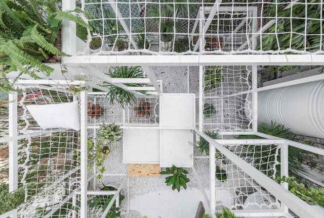 Tầng thượng xanh tươi của KTS Việt lọt Top 10 công trình có tác động tích cực đến xã hội của năm 2017 do Designboom bình chọn - Ảnh 8.