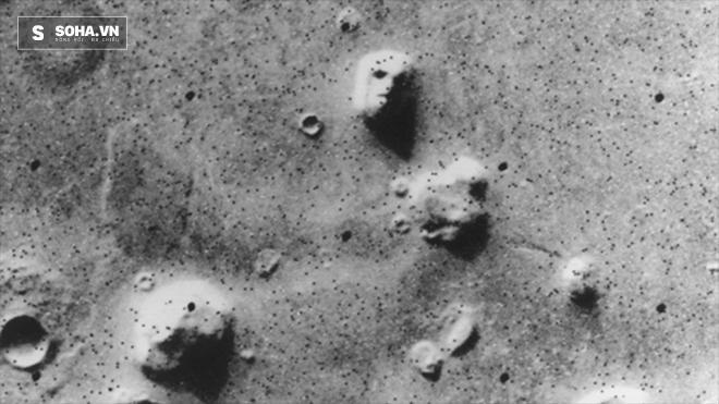 NASA lý giải về những trùng hợp khó hiểu trên Sao Hỏa - Ảnh 1.