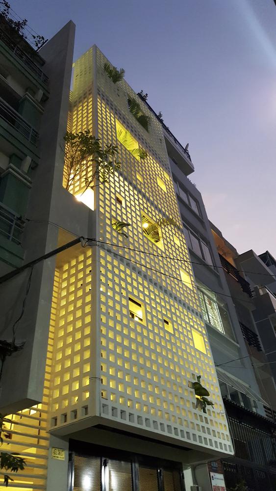 Hiệu ứng ánh sáng không chỉ tốt khi ban ngày, khi đêm xuống còn ấn tượng hơn rất nhiều