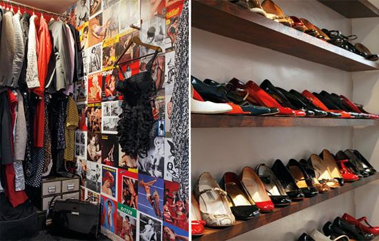 Phòng thay đồ chính là nơi mà Laura vô cùng yêu thích, trong đó là tất cả bộ sưu tập trang phục và giày dép của cô, và cũng là nơi nữ KTS thỏa thích thử đồ mỗi ngày