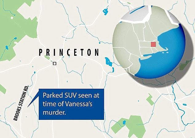 Màu đỏ đánh dấu địa điểm gây án, khu vực màu xanh là nơi đỗ chiếc SUV được cho là của kẻ gây án. Xe đỗ vào thời điểm nạn nhân tử vong.