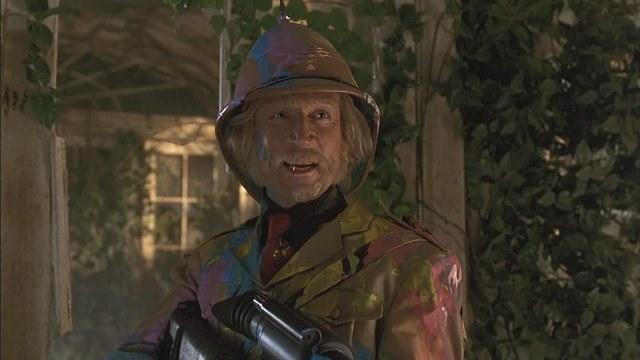 Jonathan Hyde vừa vào vai cha của Alan khi nhỏ vừa vào vai gã thợ săn nguy hiểm Van Pelt.