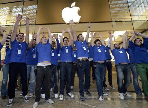 Apple sẽ bỏ lại một số nhân viên sau khi hoàn thành trụ sở mới - Ảnh 5.
