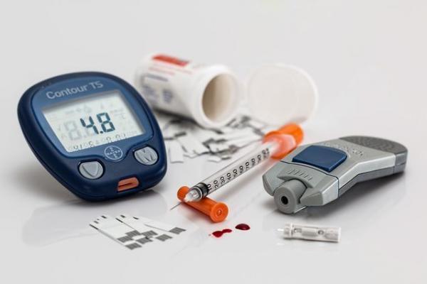 Bệnh nhân tiểu đường có thể nói lời tạm biệt với bộ dụng cụ chăm sóc này, nếu miếng dán trên da quản lý tiểu đường ra đời