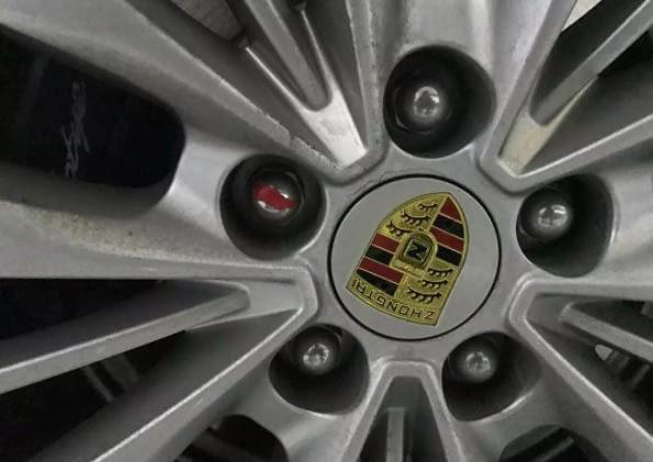 Được khen nhã nhặn và khiêm tốn dù giàu có, chàng trai vẫn bị bạn gái phũ vì đi xe Trung Quốc gắn logo Porsche Cayenne - Ảnh 6.