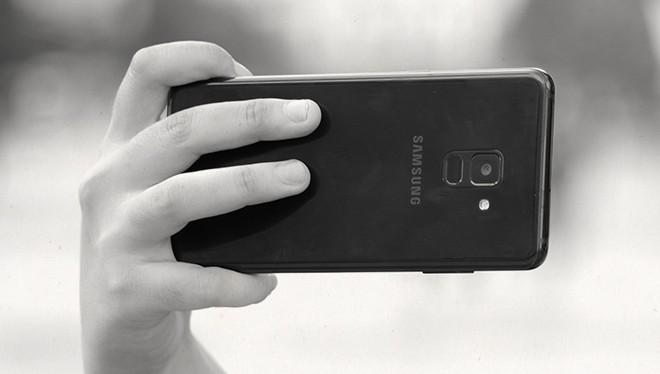 Đánh giá Galaxy A8: 4 điểm để yêu, 5 điều để nhớ - Ảnh 21.