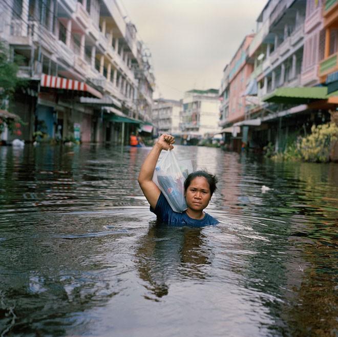 Loạt ảnh biết nói về những con người phải cực khổ chống lại hậu quả của biến đổi khí hậu - Ảnh 2.