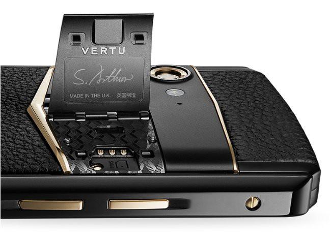Vertu trình làng smartphone cao cấp Aster P, khung titan, màn hình sapphire, mặt lưng bằng da, Snapdragon 660, giá 5.000 USD - Ảnh 2.