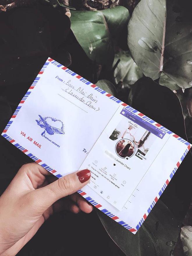 Mừng cưới thời 4.0: Cả nhóm in hình trang Facebook cá nhân dán lên phong bì cho cô dâu chú rể đỡ nhầm - Ảnh 3.